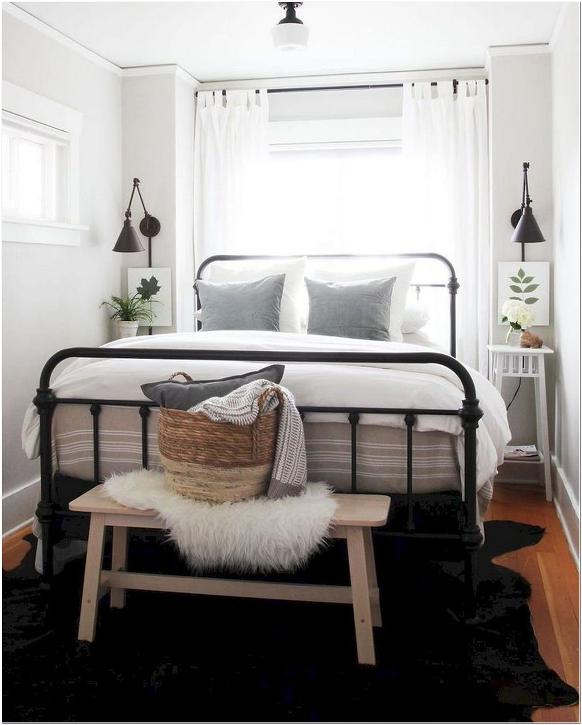 74 Small Master Bedroom Ideas – Couples Bedroom