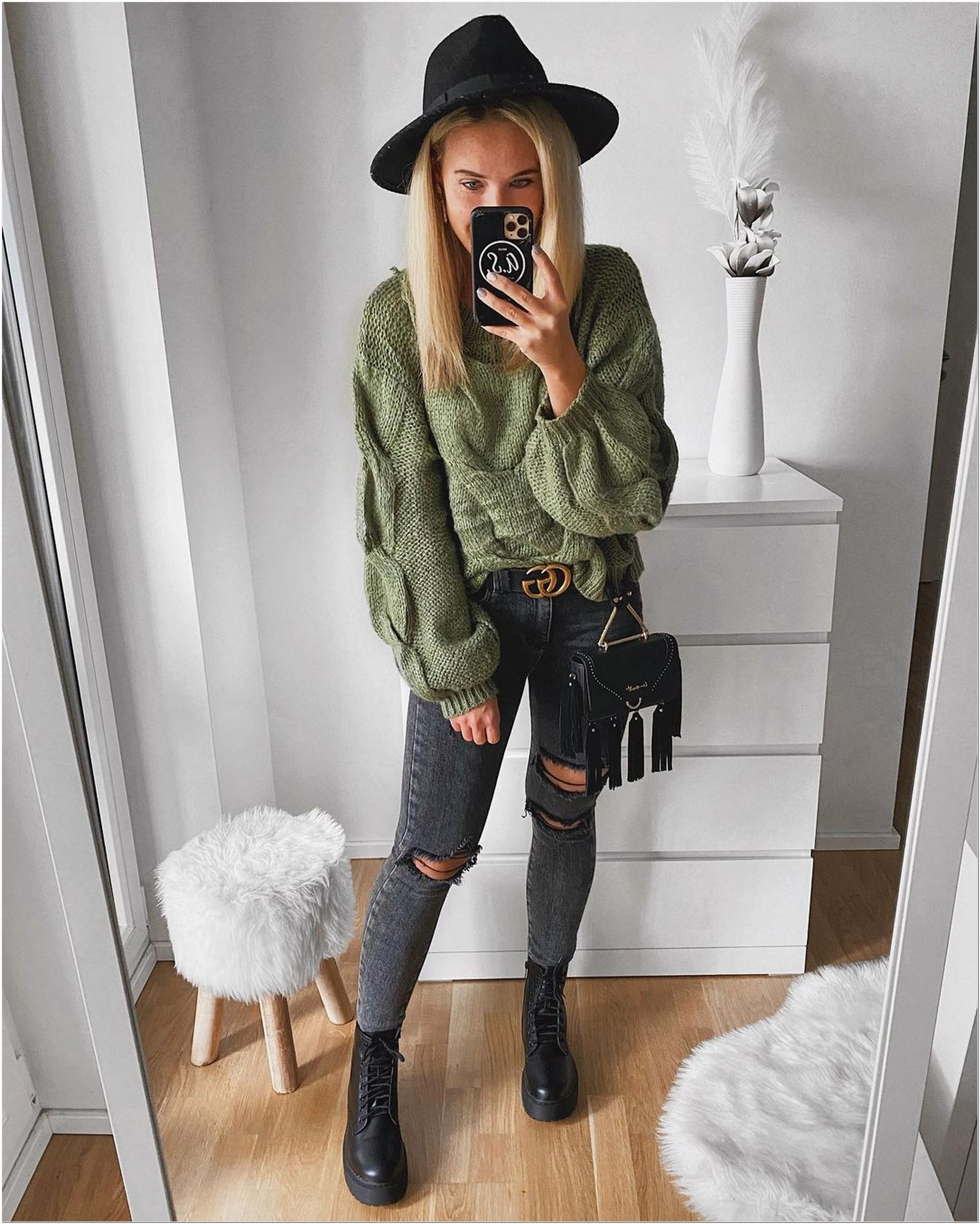 Men's and Women's Winter Outfits Ideas - Why You Must Buy These!